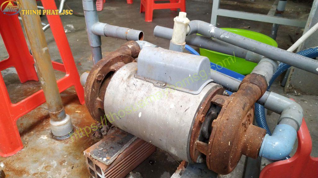 Thợ sửa máy bơm nước hai đầu bơm 0931 833 458